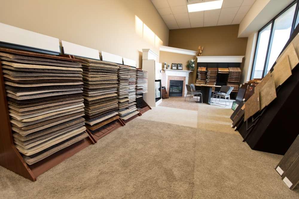 New Home Design Centers: Eagle Construction Custom Home
